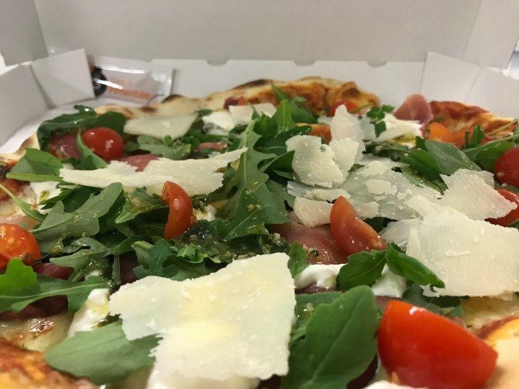 PIZZA-BRESAOLA